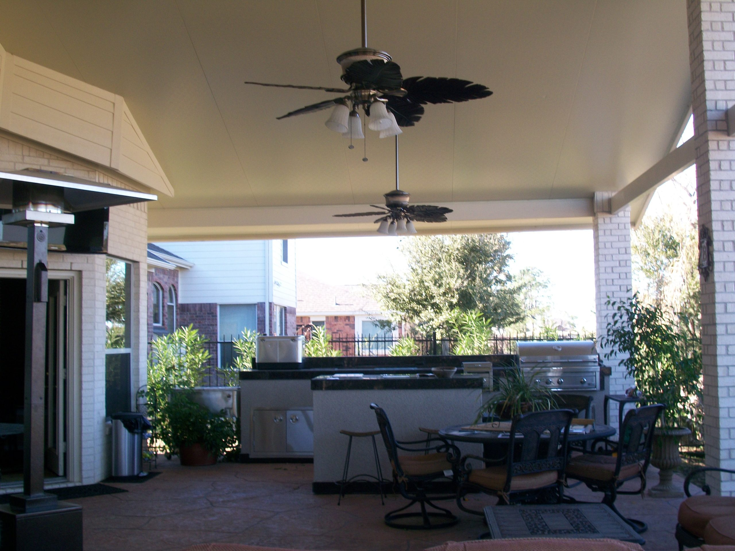 What are the benefits of an Insulated Patio Cover​